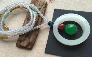 翡翠珠链该与什么搭配在一起了,才最好看?