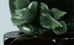 岫玉有什么种类的玉雕?历史文化犹如长河一般