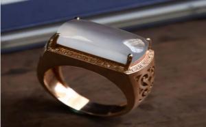 翡翠镶嵌戒指图片大全,一篇让你尽睹其独特之美