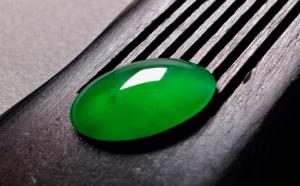 翡翠的帝王绿和正阳绿如何区分?赶紧看过来!