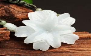 翡翠百合花的寓意是什么,其內涵又表達了什么?