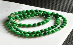 挑选翡翠珠链需要注意哪几个方面?
