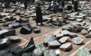 翡翠原石哪里买比较靠谱?国内的翡翠原石批发市场如何?