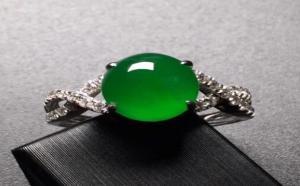 帝王绿翡翠是高价的代名词,此说法由何而来