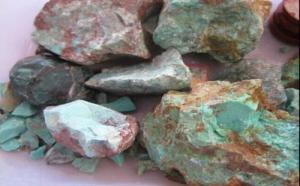 绿松石毛料造假方式有哪些?哪种最难辨认?