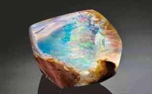 天然欧泊石价格是什么价位?该怎么挑选?
