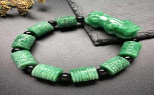 戴翡翠貔貅手链好不好?佩戴翡翠貔貅手链的好处原来这么多!