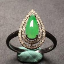 水滴冰种阳绿翡翠戒指