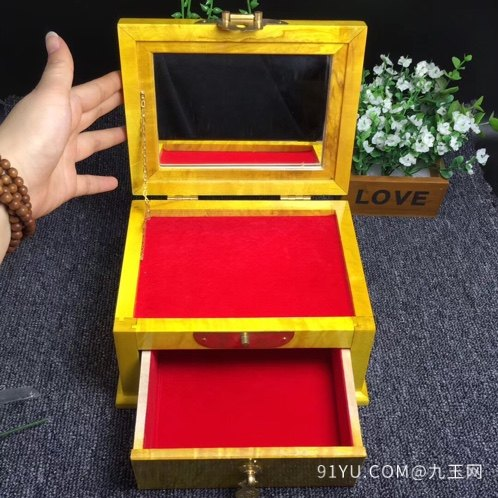 (品名)大叶金丝楠首饰盒(化妆第4张