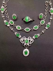 天然翡翠s925银镶阳绿蛋面项链+手链+戒指+耳钉套件