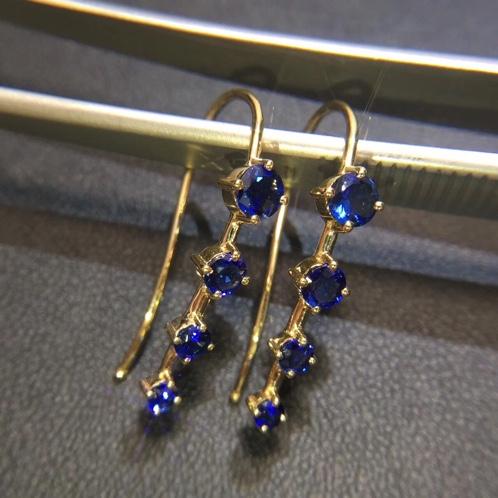 18K金镶蓝宝石耳饰