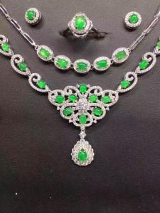 s925银镶蛋面阳绿戒指+耳钉+项链+手链套件