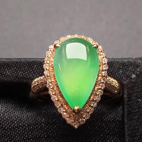 水滴冰种翡翠满绿戒指 底子细腻