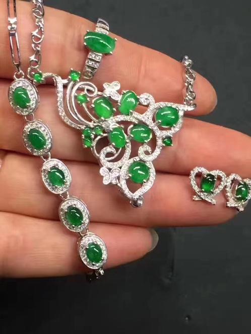 s925银镶满绿蛋面手链+项链+戒指+耳钉套件
