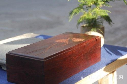 小叶紫檀首饰盒第3张