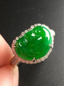 翡翠满绿如意女戒指 精致