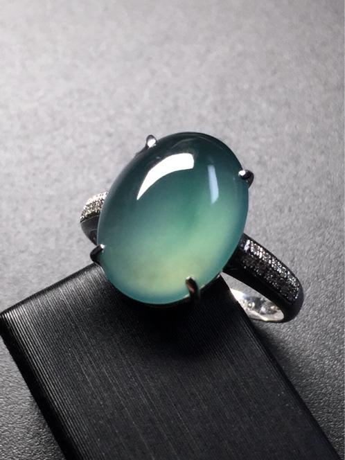天然翡翠A货正品蓝水蛋面戒指