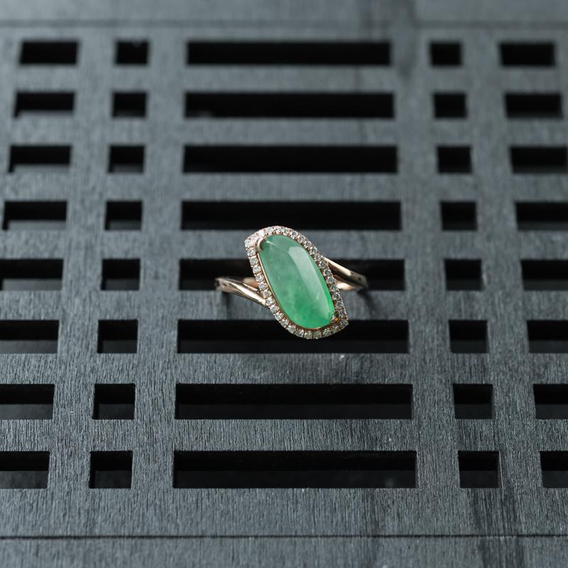 18K糯冰种晴水翡翠随形戒指