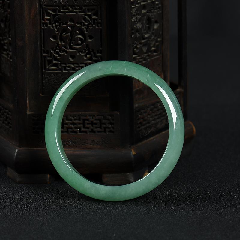 56.5mm豆種豆綠翡翠手鐲