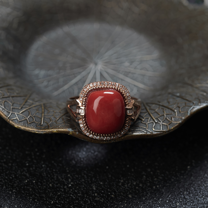18KMOMO珊瑚方形戒指