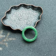 糯种翠绿翡翠指环