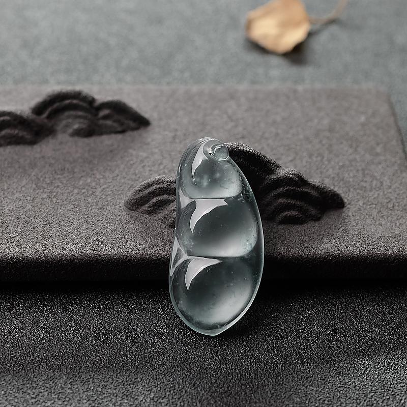 冰种飘花翡翠福豆吊坠