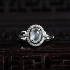 银镶玻璃种翡翠戒指