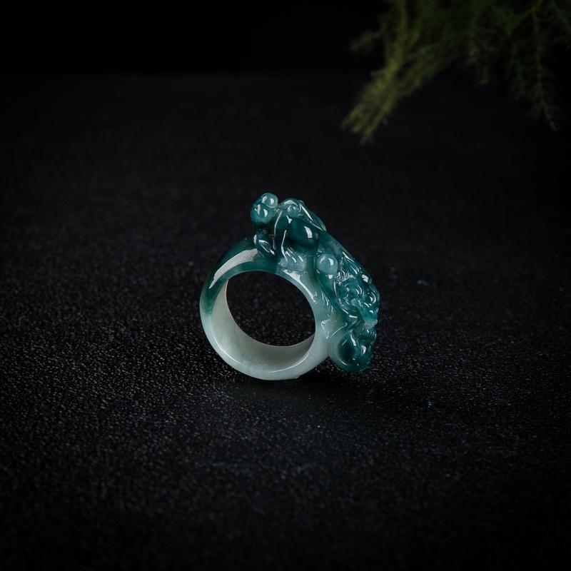 糯种蓝绿翡翠貔貅戒指