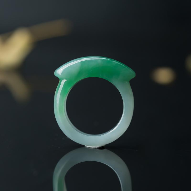 糯种蓝绿翡翠马鞍戒指