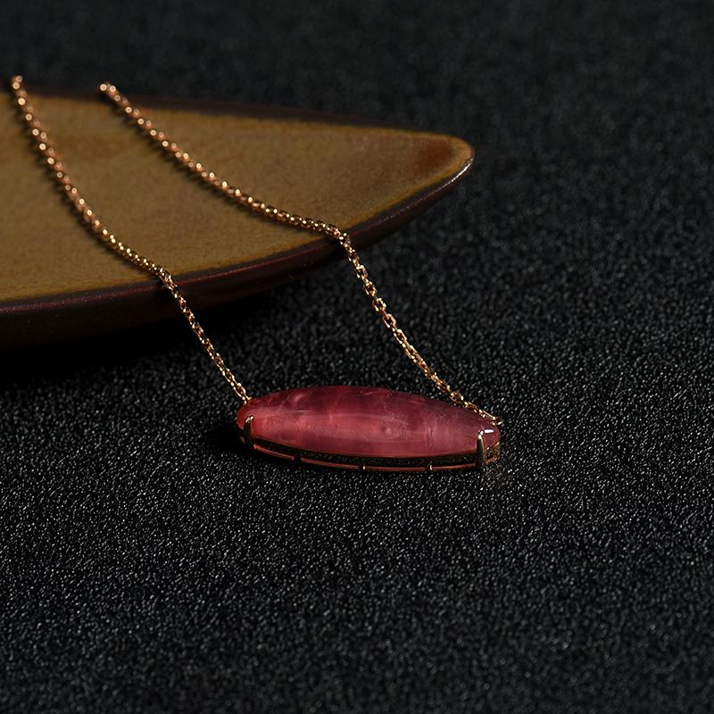 18k镶红纹石项链