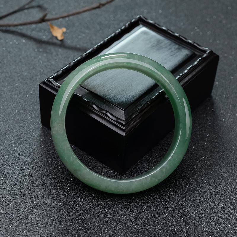 59mm糯冰种浅绿翡翠平安镯第4张