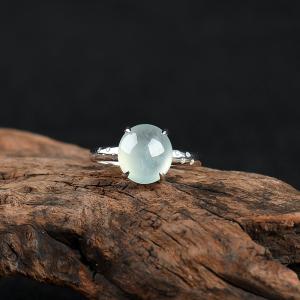 银镶糯冰种翡翠戒指