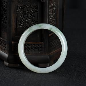 57mm糯种飘花翡翠手镯