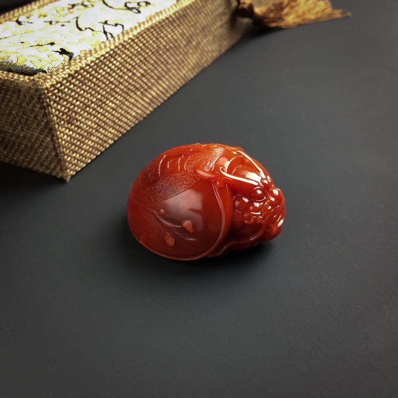 柿子红南红赑屃吊坠第4张