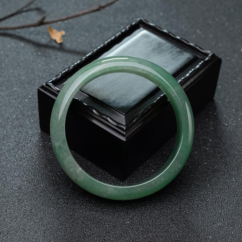 59mm糯冰种浅绿翡翠平安镯第3张