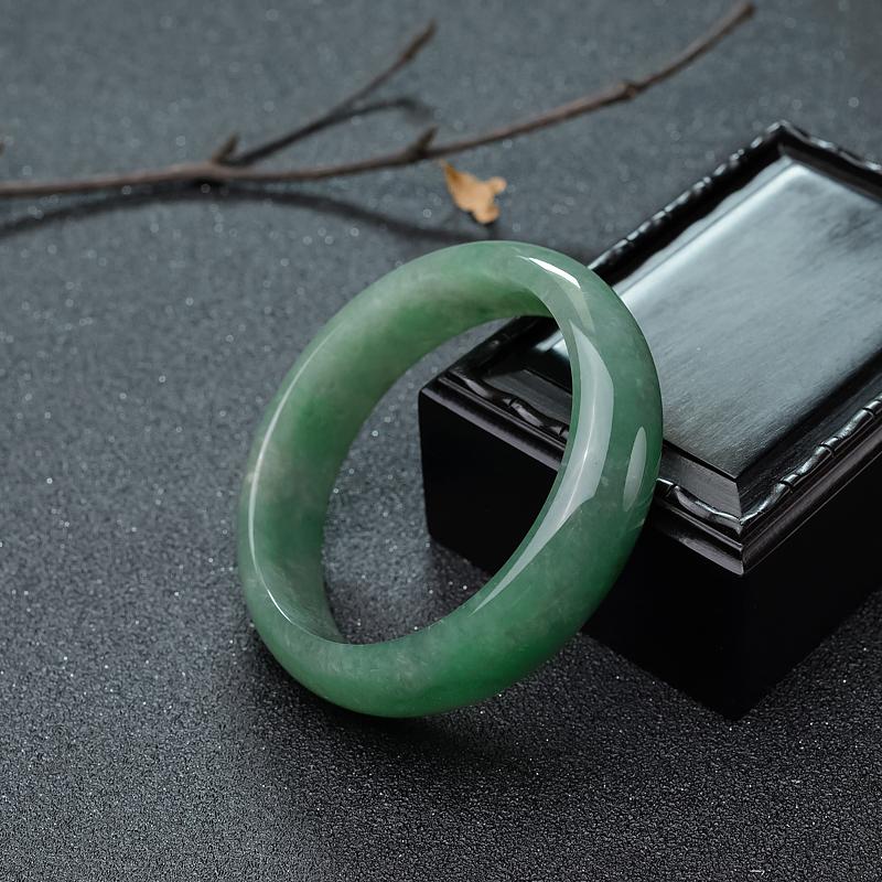 59mm糯冰种浅绿翡翠平安镯第1张