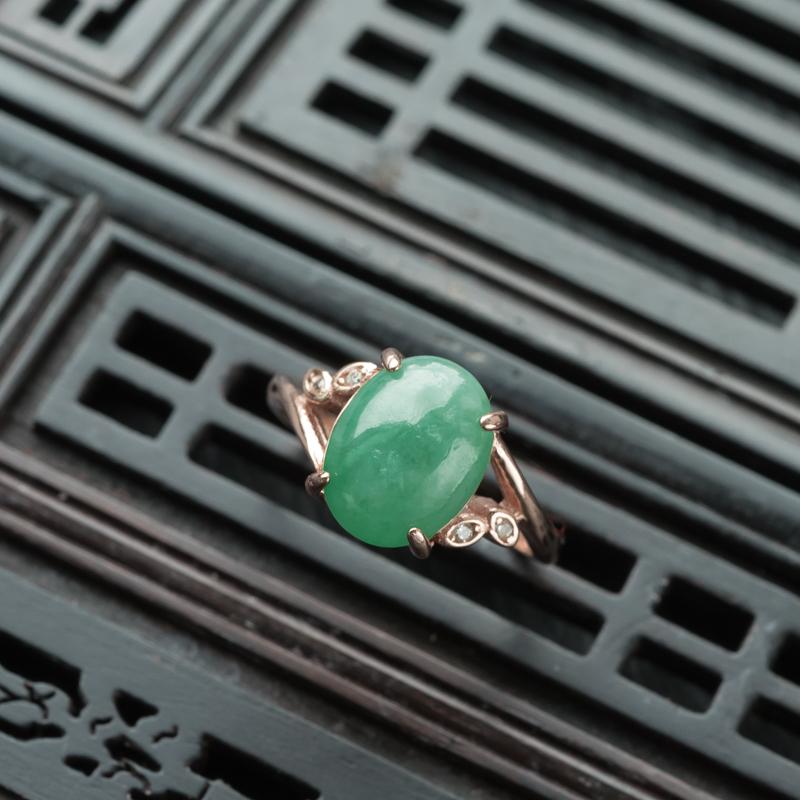 银镶糯种深绿翡翠套装