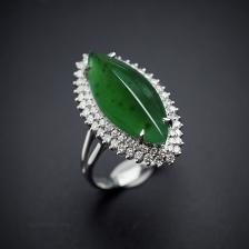 18K金镶冰种翡翠浓绿戒指