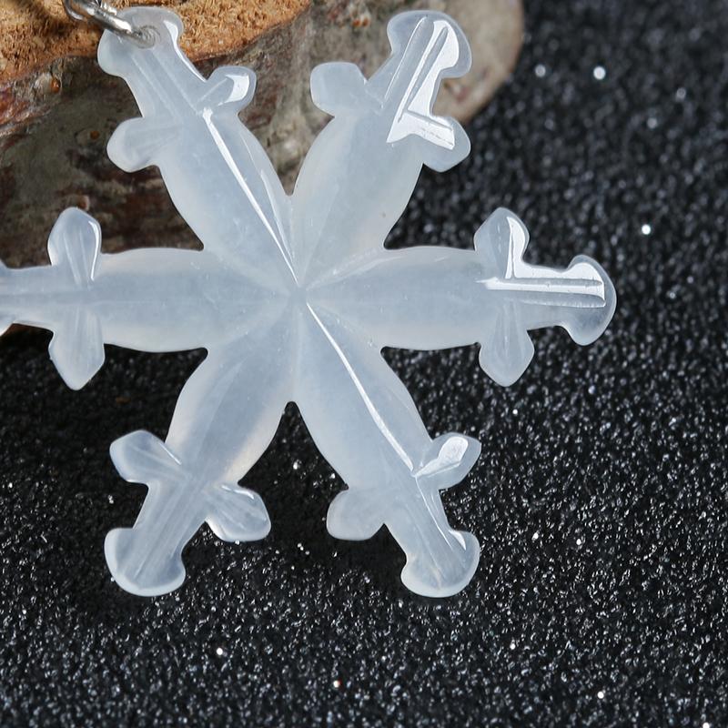 冰糯种翡翠雪花挂件