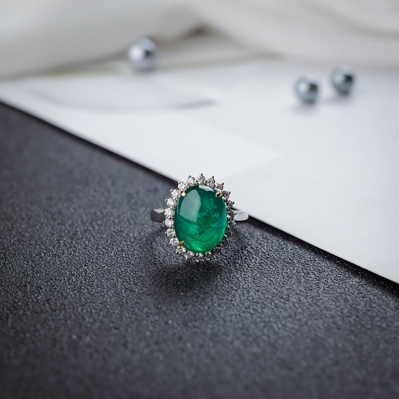 18K亮绿祖母绿戒指