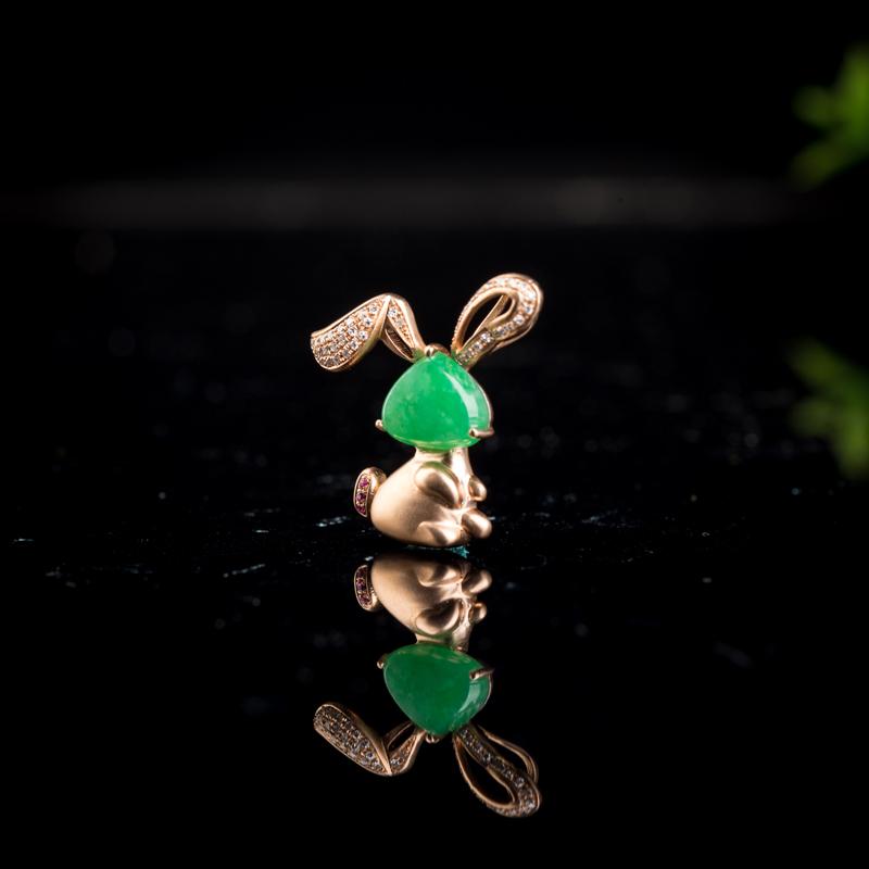 18k糯种翠绿翡翠兔子吊坠第3张