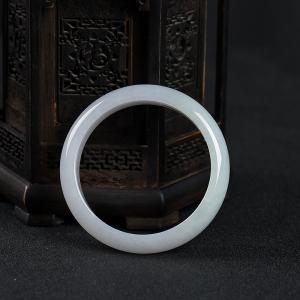 58.5mm糯种白色翡翠手镯