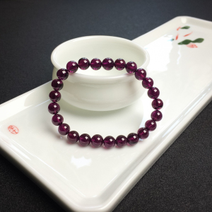 7mm紫色石榴石手串