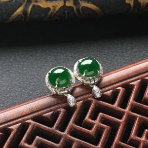 糯冰种深绿镶白金钻石耳钉一对