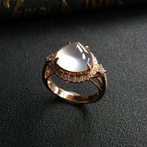 冰玻种无色镶玫瑰金钻石戒指