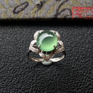 冰种晴水镶白金钻石花型戒指