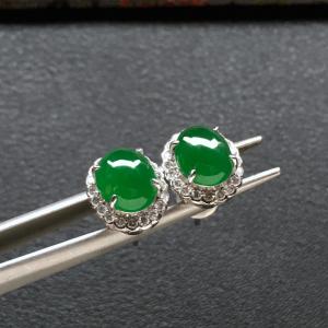 冰种阳绿镶白金钻石耳钉一对