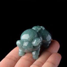 糯冰种蓝水色小福猪翡翠小摆件/手玩件——小福猪