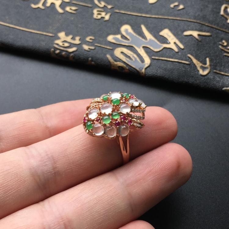 冰种白色/绿晴水镶玫瑰金伴镶碎钻花型戒指第7张