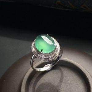镶白金钻石冰种晴水戒指